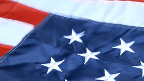 Prachtig golvend op wind, ster en strepen, vlag van de Verenigde Staten van Amerika Rood, wit en blauw 4 juli-concept stock videobeelden