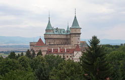 Prachtig kasteel Bojnice in Slowakije stock afbeeldingen