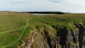 Prachtig landschap van Binenenagh in Noord-Ierland stock footage