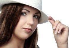Prachtig vrouw in hoed royalty-vrije stock fotografie