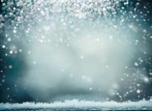 Prachtige de winterachtergrond met sneeuw De wintervakantie en Kerstmis stock fotografie