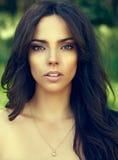 Prachtige jonge vrouw met perfecte huid Royalty-vrije Stock Foto