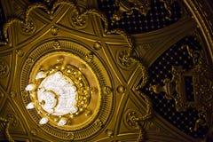 Prachtige kroonluchter Royalty-vrije Stock Afbeelding