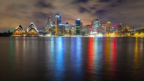 Prachtige nachthorizon van Sydney, Australië Stock Foto's