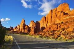 Prachtige weg. stock afbeeldingen