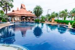 Prachuap Khiri Khan,泰国- 2017年4月, 18日:游泳池 免版税库存图片