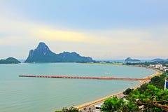 Prachuap Khiri Khan Seaside And Wharf, Tailândia fotos de stock royalty free
