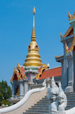 PRACHUAP KHIRI KHAN, THAÏLANDE - 26 avril 2016 : petite pagoda dessus Photo stock
