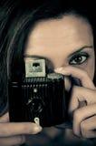 Pracować z rocznik kamerą zdjęcie stock