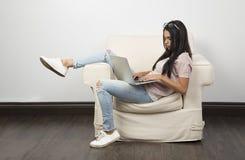 Pracowa? na laptopie obraz royalty free