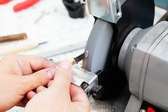 Pracować na szlifierskiej maszynie Fotografia Royalty Free