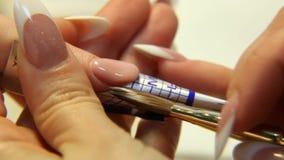 Pracowniany piękno Żeński ręka gwoździ manicure'u zakończenie up zbiory wideo