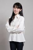 Pracowniany portret lata dwudzieste Azjatycka kobieta w dostojnym i szczęśliwym uśmiechu Obrazy Stock