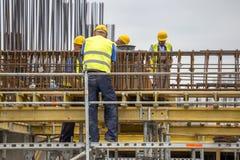 Pracownicy podczas wzmacnienie pracy Zdjęcie Stock