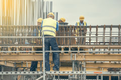 Pracownicy podczas wzmacnienie pracy 2 Fotografia Stock