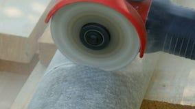 Pracownik, cięcia drymba od azbesta zbiory