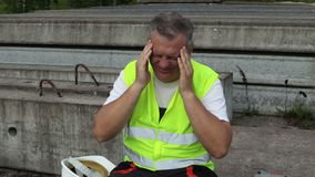 Pracownik z migreną zbiory