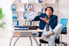 Pracownika przybycie pracowa? prosto od ? zdjęcia royalty free