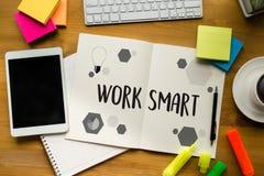 Pracującej pracy rozwoju Mądrze Produktywna Wydajna Wzrostowa przepustka Fotografia Stock