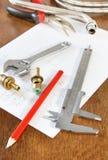Pracujący narzędzia i dodatkowe części dla dostawy wody Obraz Royalty Free