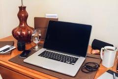 Pracujący biurko Zdjęcia Royalty Free