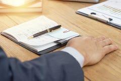 Pracujący proces przy biznesowym spotkaniem Obraz Stock