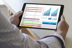 pracuje ciężkich dane analityka statystyk Ewidencyjnego biznes Technol zdjęcie stock