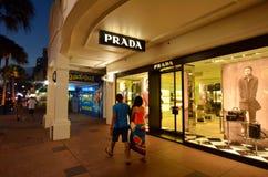 Prada kaufen in Gold Coast Queensland Australien Stockfoto