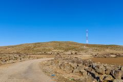 Prado de la mucha altitud en Marruecos fotografía de archivo