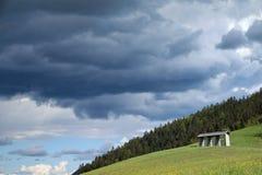 Prados herbosos en el pueblo de Sorica Fotos de archivo libres de regalías