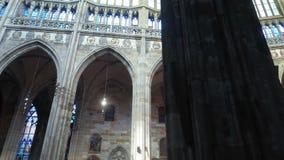 Prag, - 21. August 2017 Kathedrale von St. Vitus nach innen stock video