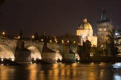 Prag-Nachtlandschaft Stockbilder