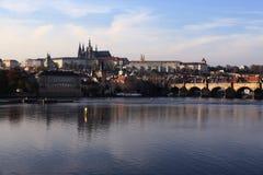 Prag-Schloss (Tscheche: PraÅ-¾ skà ½ hrad) ist der Amtssitz und das Büro des Präsidenten der Tschechischen Republik Stockfotos