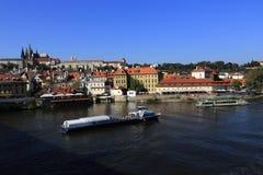 Prag-Schloss (Tscheche: PraÅ-¾ skà ½ hrad) ist der Amtssitz und das Büro des Präsidenten der Tschechischen Republik Stockbilder