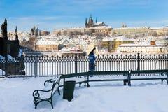 Prag-Schloss und Charles-Brücke Stockfotografie