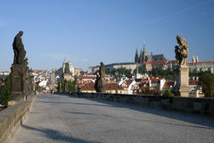 Prag-Statue auf Charles-Brücke Lizenzfreie Stockfotos