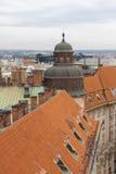 Prag, Tschechische Republik, alte Stadt in einem Retrostilwinter, kaltes Tonen färben Sie Bilder von Europa mit Raum für Text Lizenzfreies Stockbild