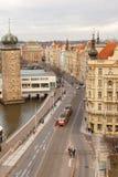 Prag, Tschechische Republik, alte Stadt in einem Retrostilwinter, kaltes Tonen färben Sie Bilder von Europa mit Raum für Text Stockfotos