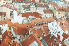 Prag, Tschechische Republik, alte Stadt in einem Retrostilwinter, kaltes Tonen färben Sie Bilder von Europa mit Raum für Text Lizenzfreies Stockfoto