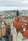 Prag, Tschechische Republik, alte Stadt in einem Retrostilwinter, kaltes Tonen färben Sie Bilder von Europa mit Raum für Text Stockfoto