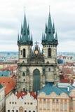 Prag, Tschechische Republik, alte Stadt in einem Retrostilwinter, kaltes Tonen färben Sie Bilder von Europa mit Raum für Text Lizenzfreie Stockbilder