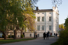 PRAG, TSCHECHISCHE REPUBLIK - 24. APRIL 2017: Kunstgalerie Sovovy Mlyny in Kampa-Bezirk Lizenzfreie Stockfotos