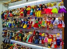 Prag, Tschechische Republik - 31. Dezember 2017: Traditionelle Marionetten gemacht vom Holz Shop in Prag Stockfotos