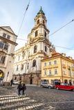 24 01 2018 Prag, Tschechische Republik - gehend durch die Straßen Lizenzfreies Stockbild