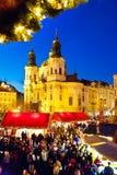 PRAG, TSCHECHISCHE REPUBLIK 5. JANUAR 2013: Prag-Weihnachtsmarkt Stockbild