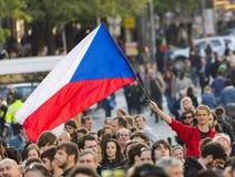 PRAG, TSCHECHISCHE REPUBLIK - 15. MAI 2017: Demonstration auf Quadrat Prags Wenceslas gegen die gegenwärtige Regierung und das Ba Lizenzfreies Stockbild