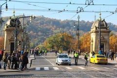PRAG, TSCHECHISCHE REPUBLIK - 24. Oktober 2015: Demonstration in Prag, Legions-Brücken-Tschechische Republik, am 24. Oktober 2015 Stockbild