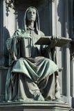 PRAG, TSCHECHISCHES REPUBLIC/EUROPE - 24. SEPTEMBER: Eine Statue eines woma Lizenzfreies Stockbild