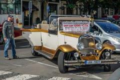 PRAG, TSCHECHISCHES REPUBLIC/EUROPE - 24. SEPTEMBER: Sightseeing-Toure Stockfoto