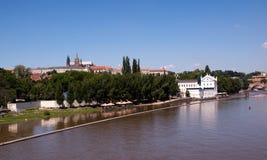 Prag und der Fluss 3 Lizenzfreies Stockbild